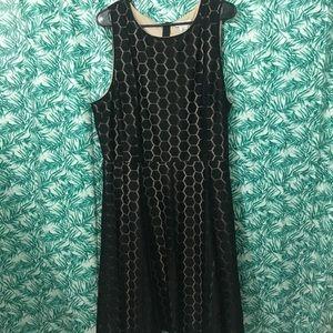 Formal patterned black knee-length dress size 2X